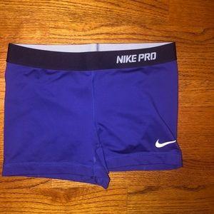 Women's Nike Pros